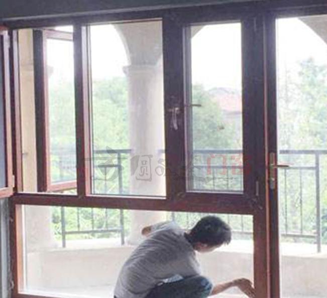 125系列窗纱一体平开窗